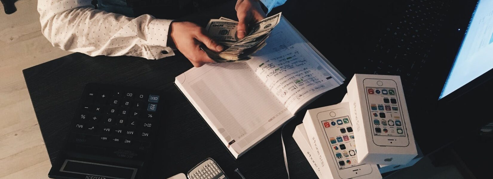 8 Financial Habits of Successful People